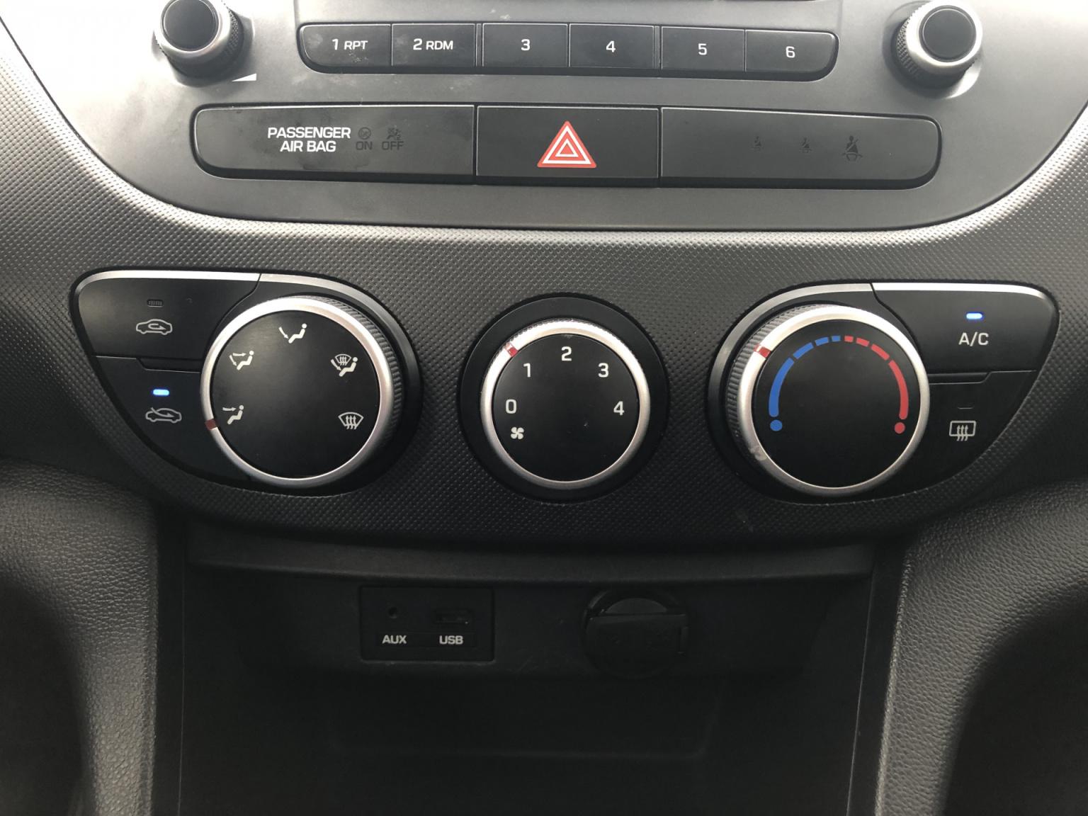 Hyundai-i10-19