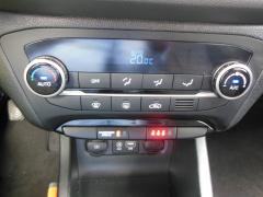 Hyundai-i20-16