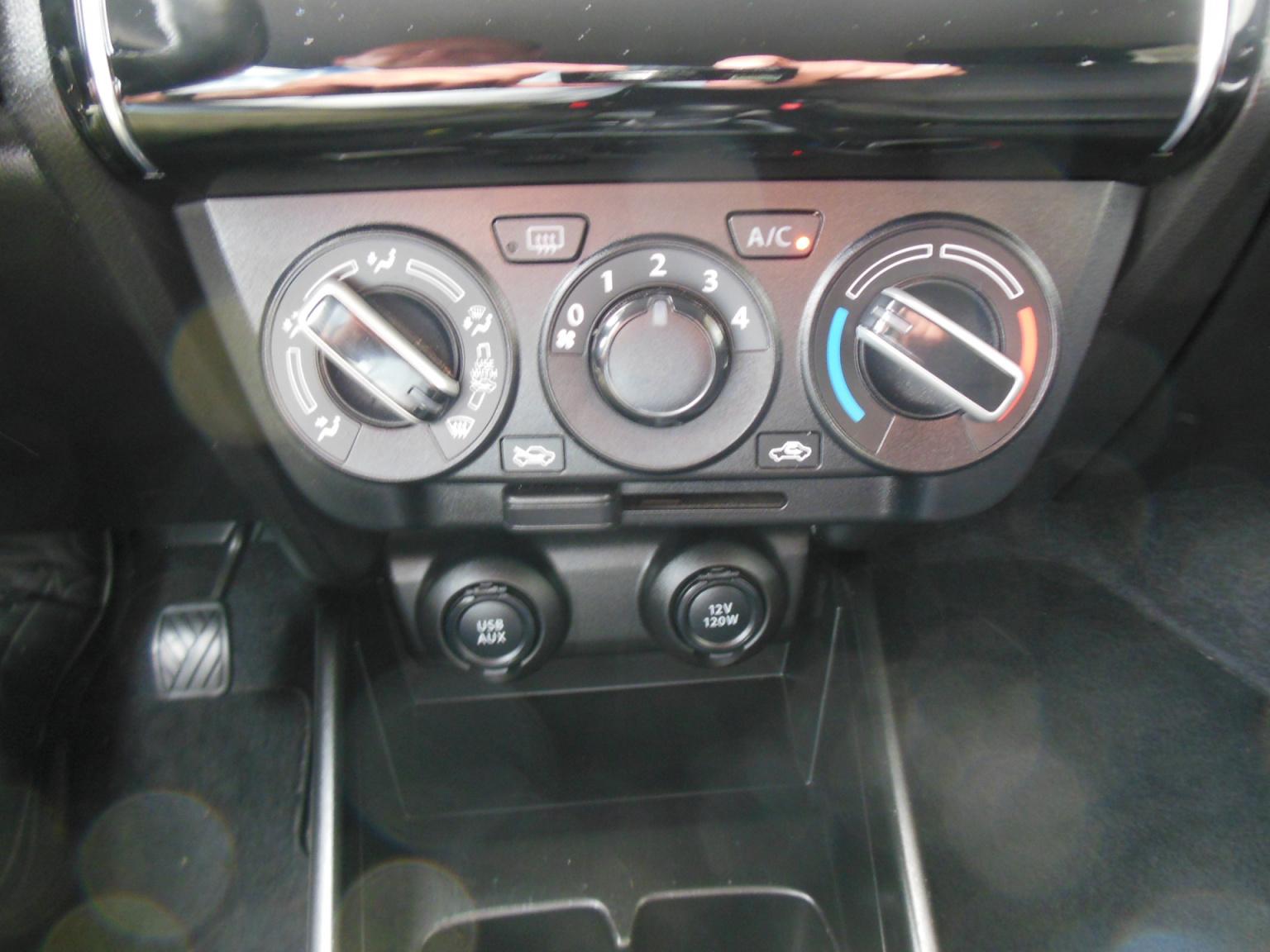 Suzuki-Swift-11